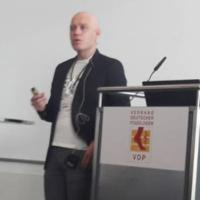 Kollege Jörg Halfmann hielt einen Vortrag über Ergonomie am podologischen Arbeitsplatz und einen weiteren über Plantarfasziitis beim DFS.